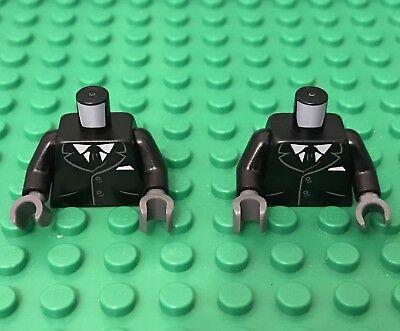 Black Torso Suit w// 2 Buttons LEGO Gray Sides /& Tie Pattern Minifig