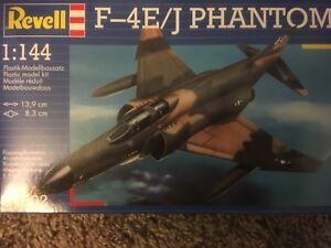 04002 revell USAF F-4E/J Phantom 1/144 model Kit new in the box sealed
