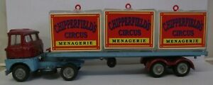 Corgi-1139-Scammell-Menagerie-Arctic-with-Repro-cages-amp-animals-CT2003