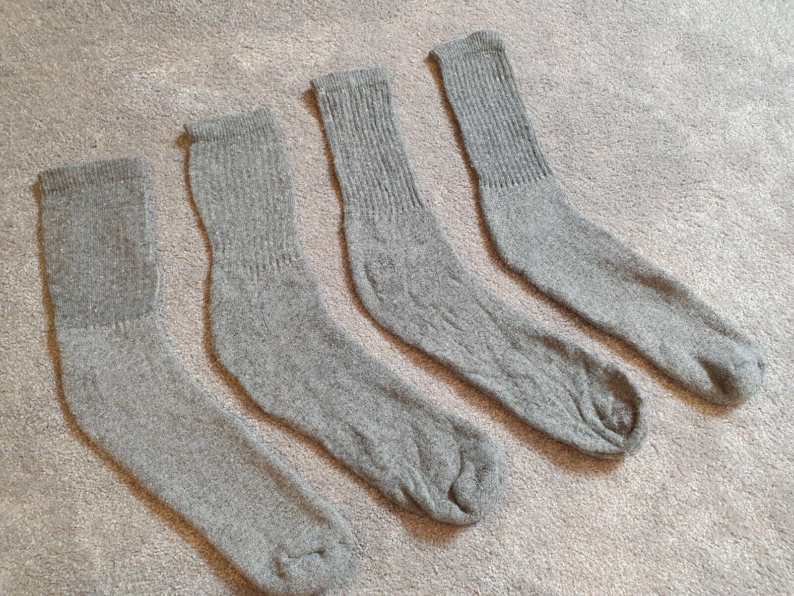 2 Paar Herren Socken Strümpfe - grau - Größe ca. 45 ( B )