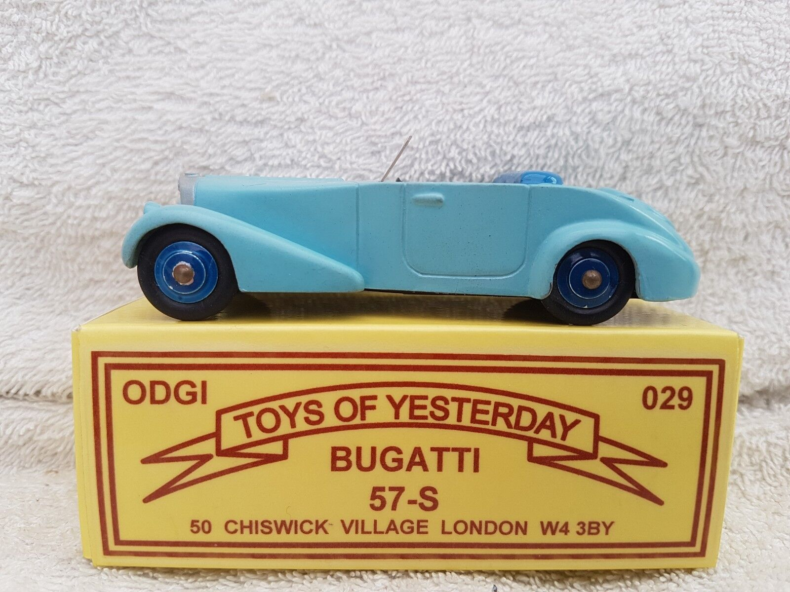 ODGI Toys Of Yesteryear White Metal Bugatti 57 S In Sky bluee 029