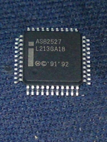 Controlador de comunicaciones serie INTEL AS82527 QFP-44 IC