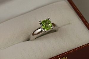 Peridot-Cushion-Shaped-Stone-Ladies-Ring-in-solid-14kt-White-Gold