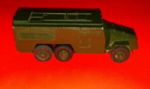 DINKY TOYS Armoured Command Vehicle #677 Made in England Meccano
