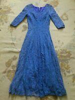 VINTAGE Pretty blue lace dress