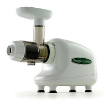 Omega J8003 Nutrition Center Single-Gear Commercial Masticating Juicer White New