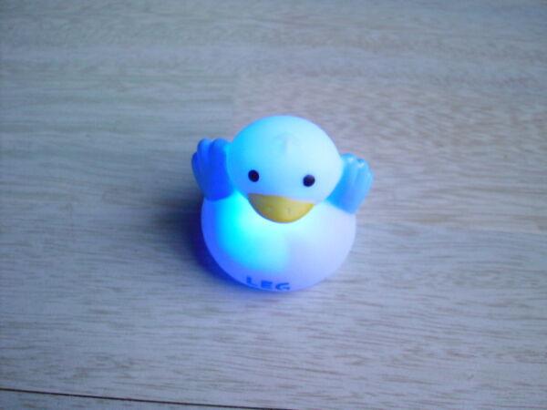 Schwimmente Schwimmende Ente Leucht Badeente Led Blinklicht Leuchtente *neu&ovp*