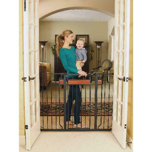 Regalo extra Super wide walk thru Baby Pet Safety Gate