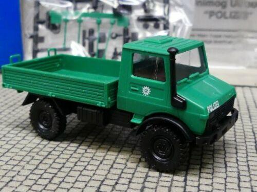 1//87 Roco Unimog U 1300 L Polizei 1658