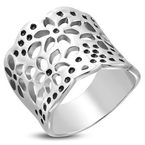 Edelstahl-Ring-mit-Bluetenmuster-Bandring-concave-Silber-amp-Schwarz-Band-ME-118