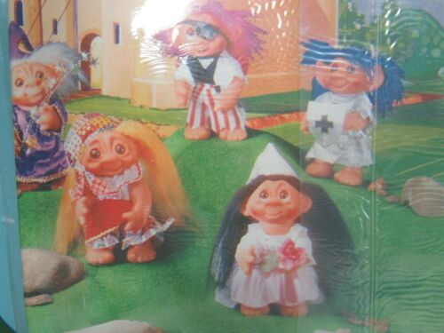 9 Sheet 37.5 Sq Ft DAM WRAPPING PAPER Dam Norfin Troll Doll NEW