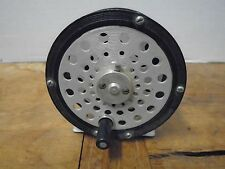 Vintage Martin 65 USA Fly Fishing Reel Mohawk NY Bakelite ? Handle