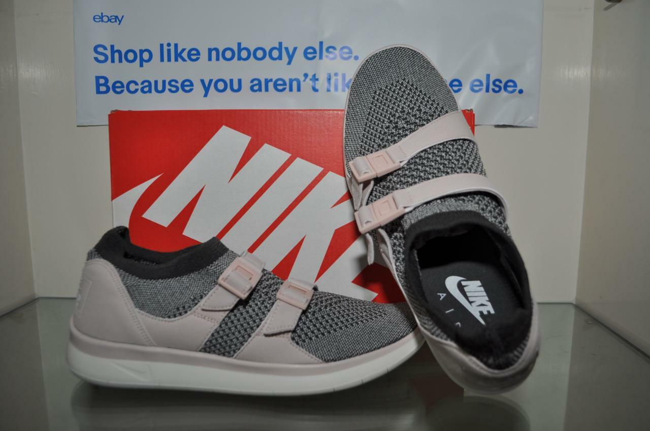 Nike Womens Air Sockracer Flyknit Slip-On shoes 896447 007 Size 7.5 NIB