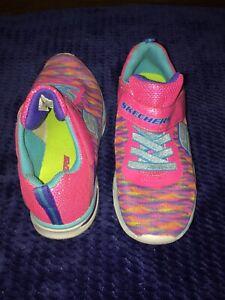 Girl Sketcher Light Up Shoes | eBay