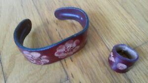 Damen-Schmuck-Set-2-teilig-Leder-Armband-Ring-Rot-Blumen