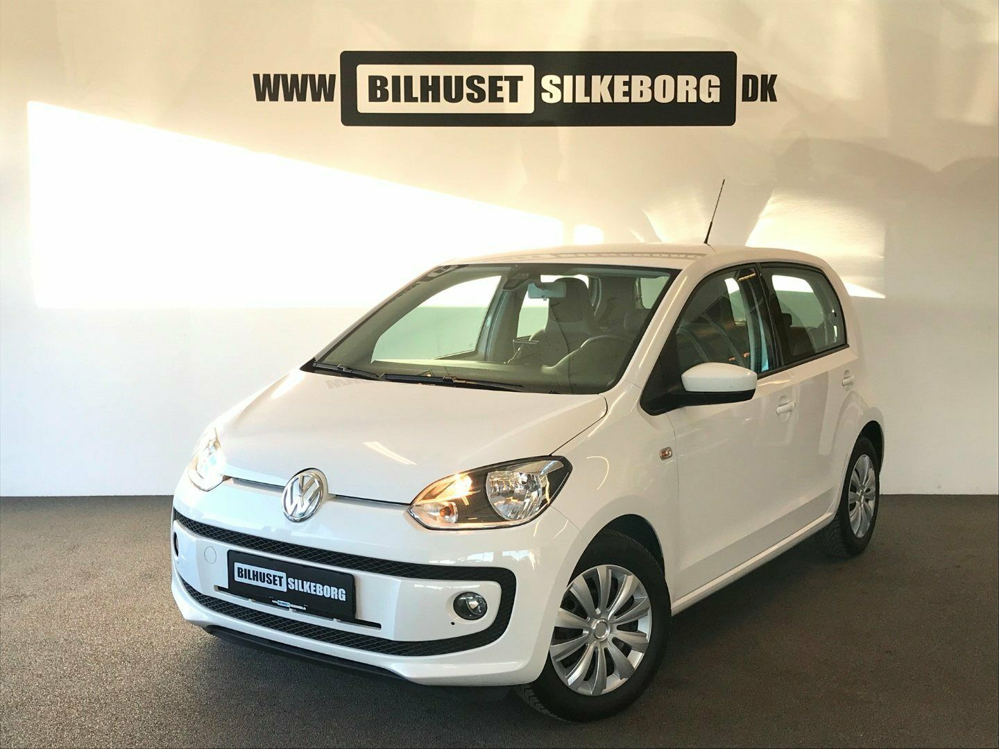 VW Up! 1,0 75 High Up! BMT 5d - 73.900 kr.