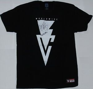 WWE-RING-WORN-FINN-BALOR-SIGNED-WRESTLING-SHIRT-CUSTOM-MADE-BALOR-CLUB-amp-PROOF