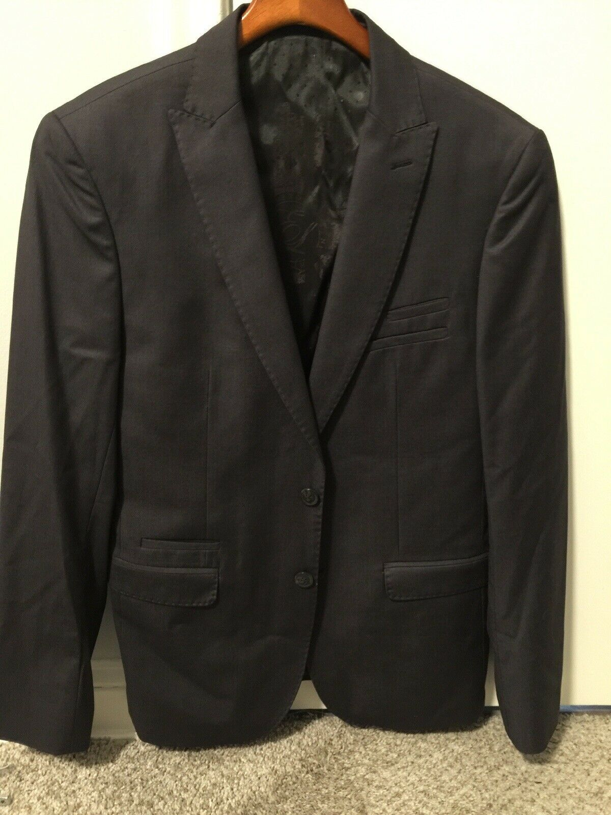 Awesome English Laundy Charcoal Grey Suit Size 38R. Great Condition