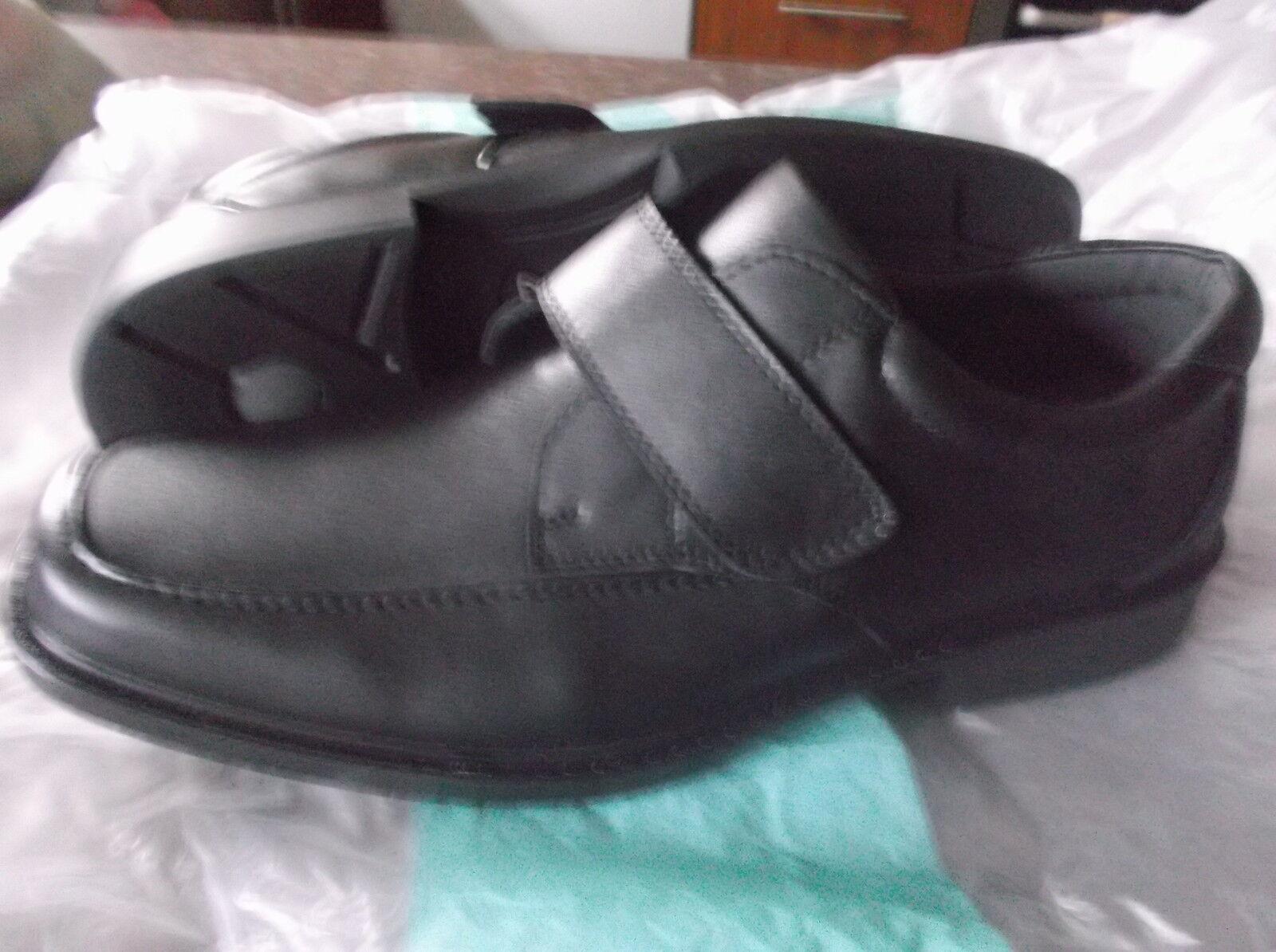 New Clarks Mens,  Comfortable Black  formal & casual   SLIP-ON   UK 9
