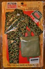 ACTION MAN 40th CAMO FATIGUES /& PARACHUTE PACK CARD