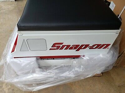 *New /& Sealed* Snap On Tool Creeper Roller Seat w// storage LIMITED ED SSX19P101