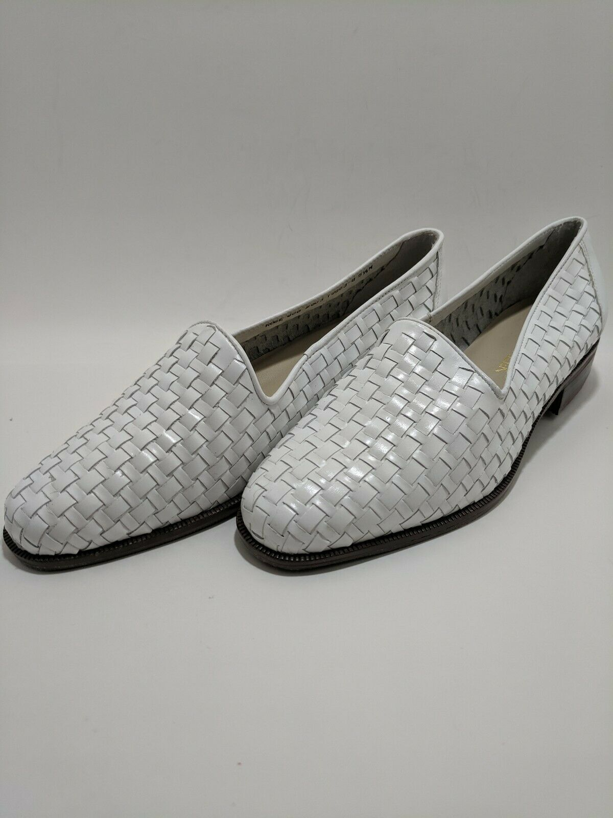 Cabin Creek Rose New Women's Sz 5.5 Comfort Shoes White Leather Loafers NWOB