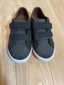 EUC Le Coq Sportif Boys Sneakers Charcoal Gray With Black Trim Sz US12.5 EUR 31