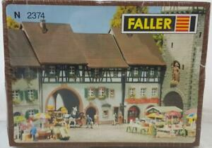 UNOPENED-FALLER-N-2374-N-GAUGE-KIT-OLD-CITY-GATE-WITH-HOUSE