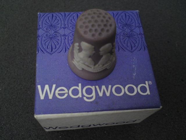 Wedgwood jasperware lilac purple thimble Royal wedding Charles Diana with box