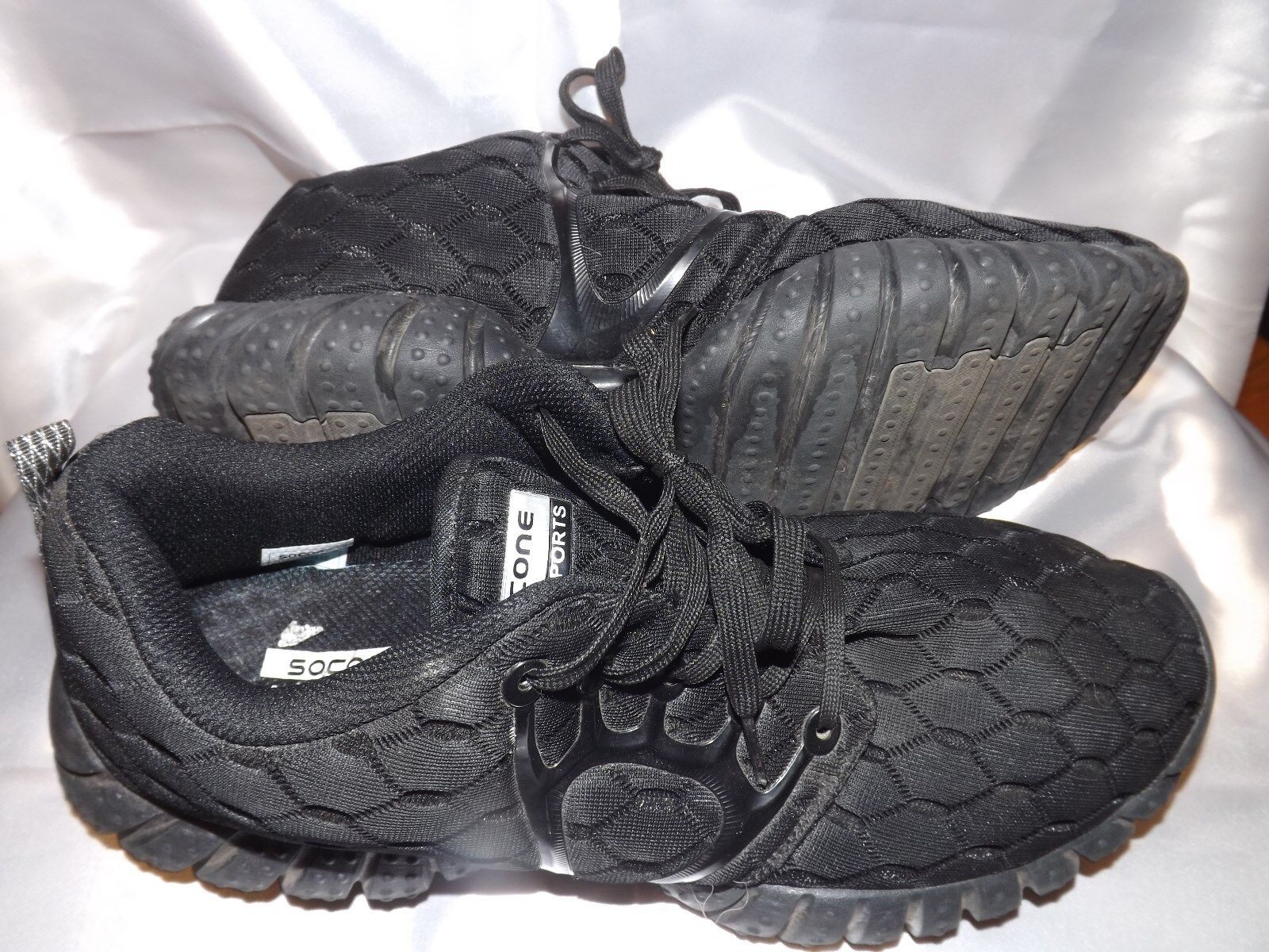 Socone Sport Light Weight Black Textile Upper 11 Training Athletic Sneakers SZ 11 Upper c8acab