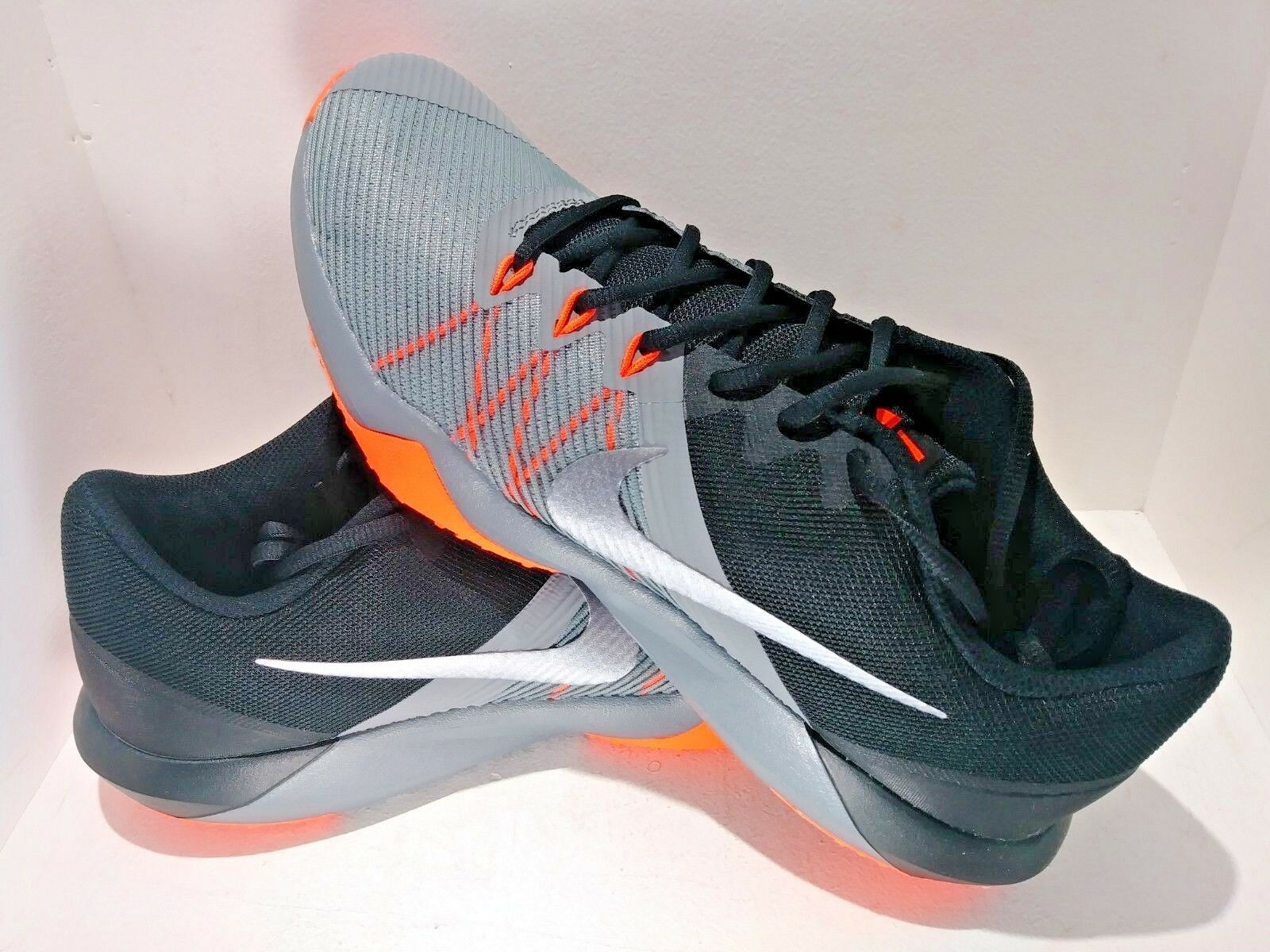 Nuove Nike Nike Nuove Rappresaglia Tr Uomini Neri Arancione Di Formazione / Casual Dimensioni 9.5 e03ec3