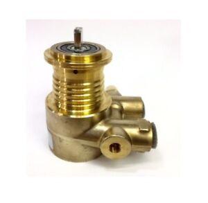 Nuert Clamp Flange Rotary Vane Water Pump With Pressure Gauge Port