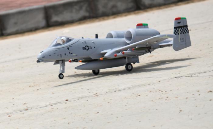 FreeWing Dual 64MM EDF Warthdog A10 4S RC PNP/ARF Plane Model W/ Motor Servo ESC