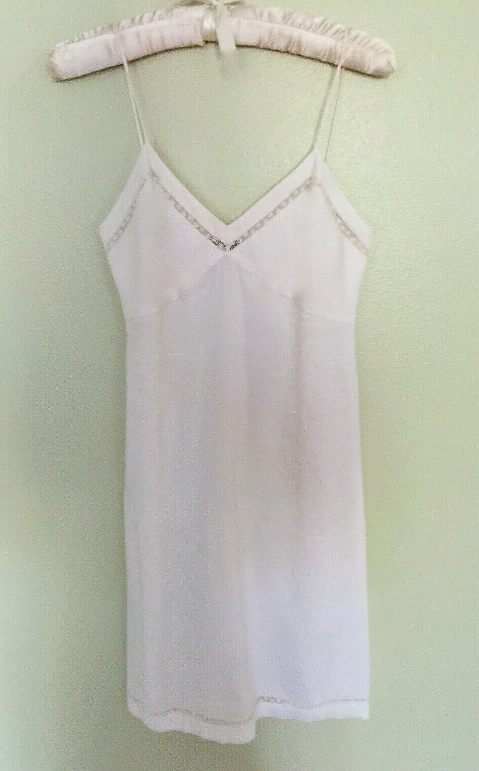 ELEGANT THEORY V-NECK SLIP DRESS IN IVORY-WHITE_ PRETTY  FOR ALL OCCASIONS