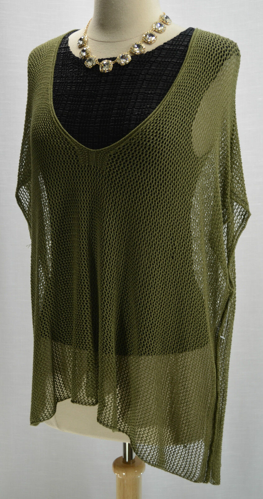 Bar III 3 Army green Olive loose open crochet shrug Sweater layer Top SZ M L NEW