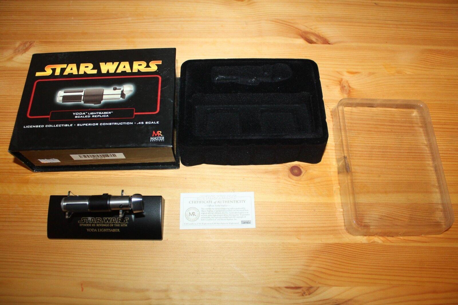Yoda lichtschwert replik en caja de escala 45 meister repliken