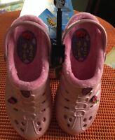 NEW Skechers Cali Gear Girls Slip on Darling Shoes Size 4 Light Pink Free Bits