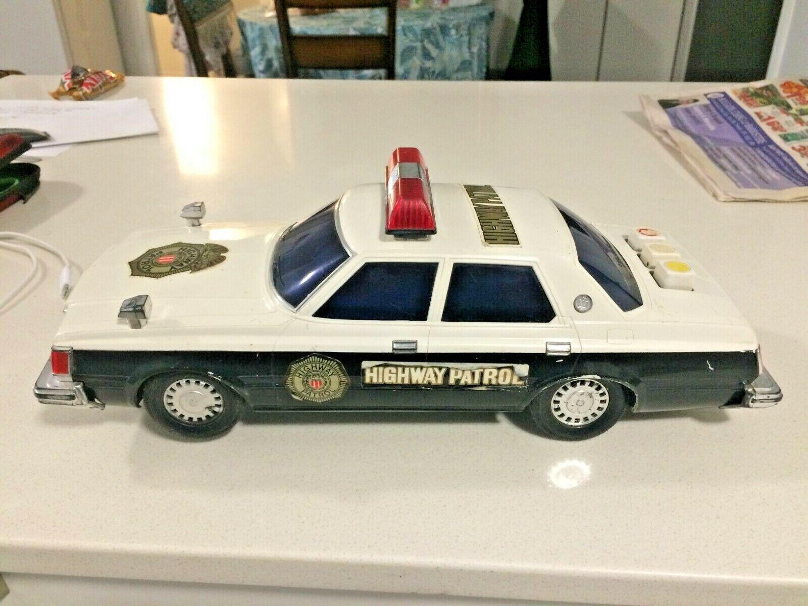 Vintage Highway Patrol Police Car Tin  Battery Operated Japan