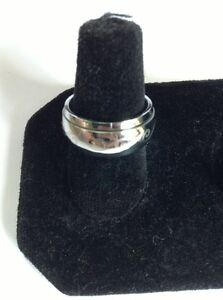 Stainless-Steel-Spinner-Ring-with-Etched-Design-Size-6-to-6-5-Free-Ship-In-USA