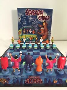 Scooby-Doo-Chess-Set-New-in-Package-Rare-New-amp-Sealed