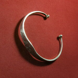 Bracelet-Argent-925-ouvert-grave