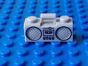 NEW LEGO - 1 x LIGHT GREY BOOM BOX RADIO/CASSETTE PLAYER -MINIFIGURE ACCESSORY