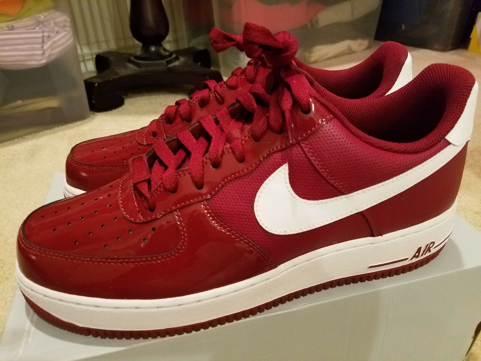 NEW Nike Air Force 1'07 Team Red White, Men's Size 10 Model