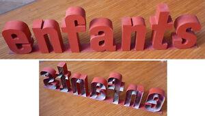 ENFANTS-enseigne-de-magasin-sculpture-statue-en-tole-Lettres-Vers-1970