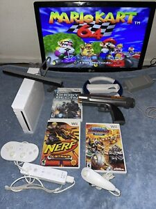 Nintendo Wii Console With Classic Mario Kart Pokemon Snap Shooting Games Zapper