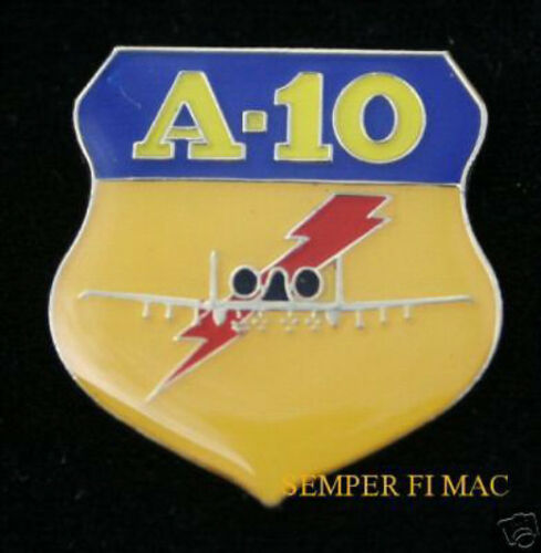 A-10 THUNDERBOLT 2 WARTHOG LAPEL HAT PIN UP USAF AFB PILOT CREW  US AIR FORCE