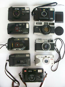 9 x 35mm Compact Kameras. Konvolut. Minolta, Petri, Rollei, Yashica...