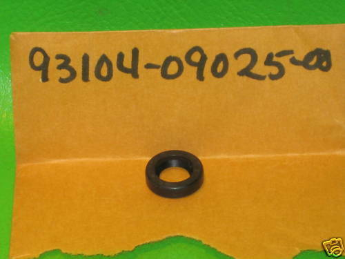 Yamaha 93104-09025-00 Oil Seal,So-Type; 931040902500 Made by Yamaha