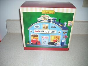 Lemax Holiday Village 2014 Rod's Parts Store # 45707   New in Box A-5005