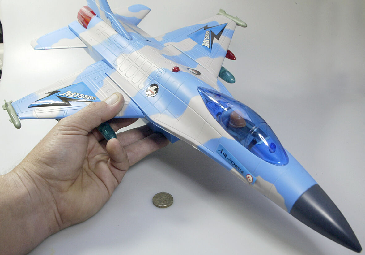 F16 fighter aircraft 1 32nd scale Xishini bump & go 1980's toy - boxed.